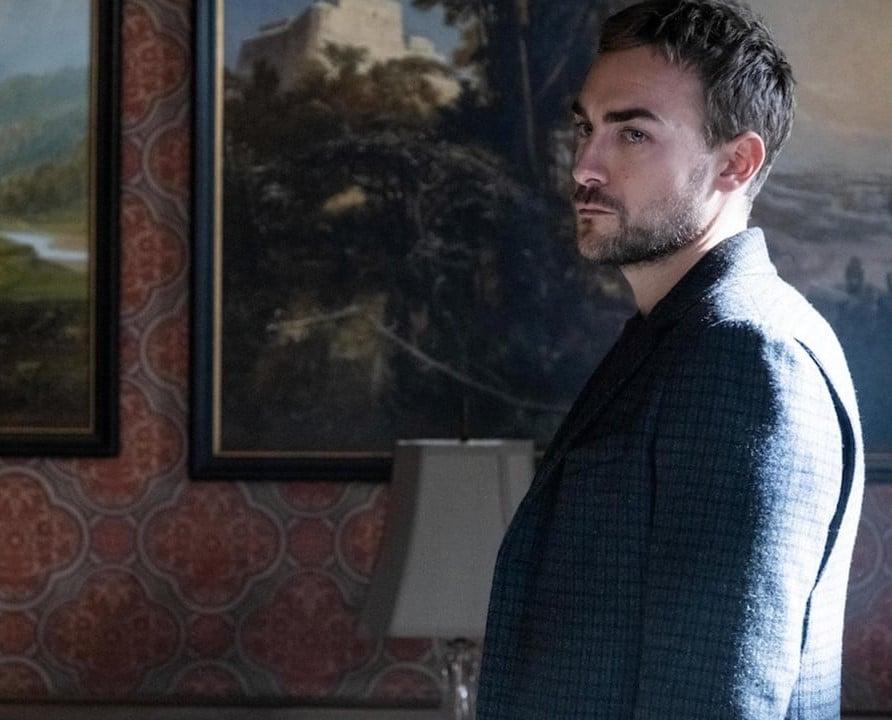 Tom Austen as Daimon in Helstrom